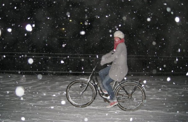 Who Cycles In A Snow Storm?!